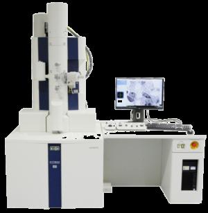 Le serie HT7800 comprende TEM da 120kV con funzionalità migliorate. La fotocamera a schermo ad alta risoluzione e la funzione Image Navigation garantiscono un comodo funzionamento digitale in un ambiente illuminato. L'HT7800 offre immagini ad alto contrasto su un'ampia area mentre l'HT7830 garantisce la migliore risoluzione della categoria.