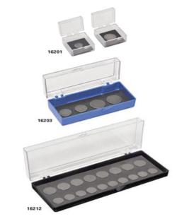 Le scatole per i dischi AFM / STM hanno un singolo polo magnetico nella base della scatola per conservare i dischi AFM con diametro di 6, 10, 12, 15 o 20 mm. Sono pensate per ordinare e organizzare i campioni AFM / STM e proteggerli dalla polvere