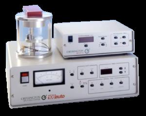 Il metallizzatore 108auto della Cressington offre la possibilità di scelta tra funzionamento manuale o automatico. Lo strumento è provvisto anche di un ingresso per la ventilazione e il controllo tramite valvola a spillo dell'argon.  In modalità automatica, la metalliazzazione può essere controllata in due modi:  può essere utilizzato il timer digitale per garantire metallizzazioni ripetibili oppure possono essere utilizzati gli accessori opzionali Thickness Monitor MTM-10 o MTM-20. Il primo (MTM-10) misura lo spessore depositato, il secondo (MTM-20) misura lo spessore depositato e permette la terminazione del processo al raggiungimento dello spessore impostato.
