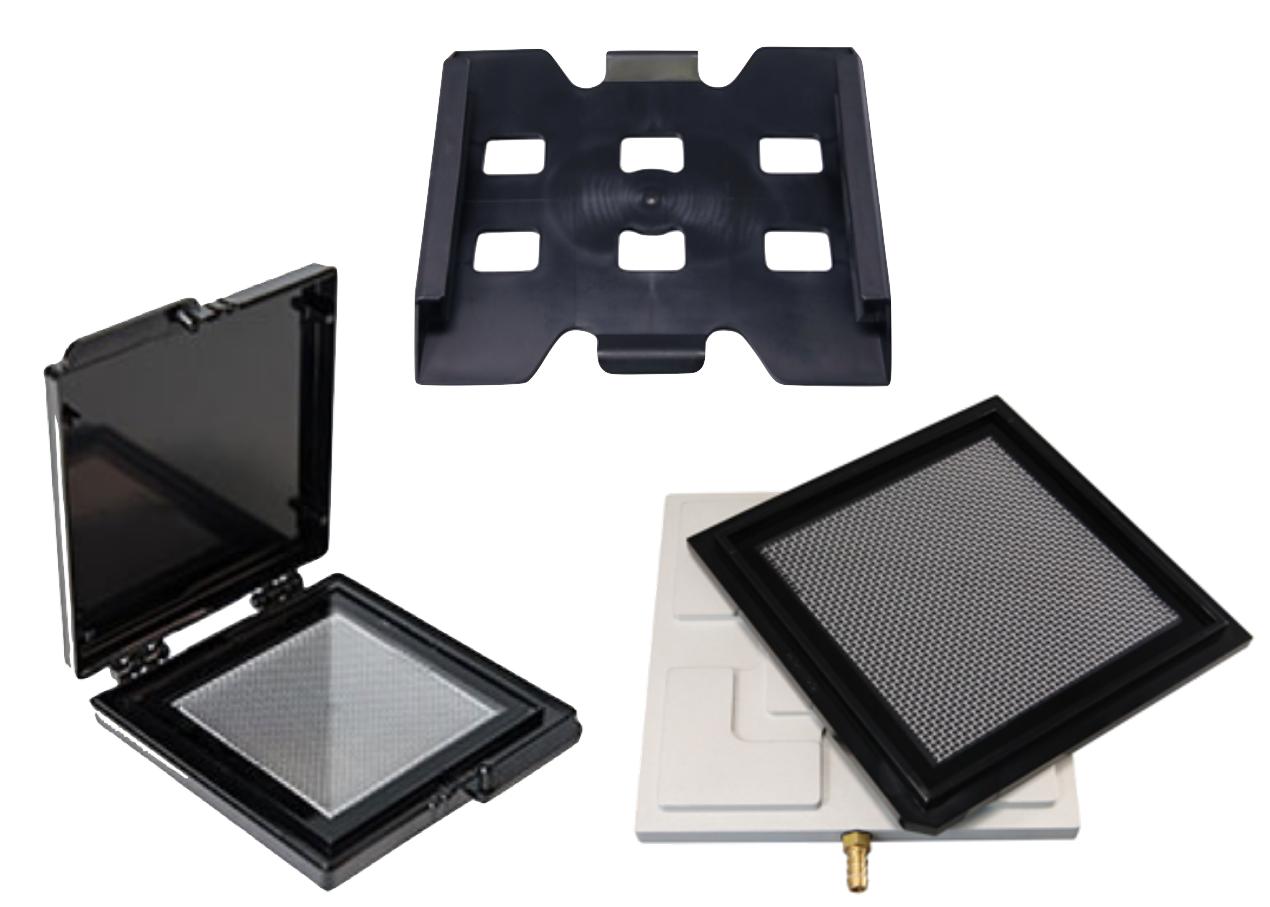 L'applicazione del vuoto alla scatola consente una facile rimozione senza fare leva o applicare forza sul campione.
