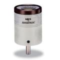 Il manometro a temperatura ambiente Baratron 626C è l'ultimo dei sensori di vuoto e pressione analogici di MKS conformi alla direttiva RoHS. Richiede una tensione di ingresso di ±15VDC e fornisce un segnale di uscita analogico 0-10VDC di alto livello lineare con la pressione.  Questa uscita analogica può essere interfacciata con un controller di pressione MKS, uno strumento di alimentazione/display MKS o qualsiasi strumento che soddisfi questi requisiti.