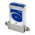 Il GE250A può essere compreso tra 100 e 250 slm (equivalente N2). Il GE250 è disponibile con I/O analogico o I/O digitale utilizzando i più recenti algoritmi di controllo per una risposta rapida e ripetibile al set point.