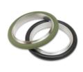 E' disponibile una gamma completa di anelli di centraggio in acciaio inossidabile, alluminio e ottone oltre a o-ring in Buna-N, fluorocarbonio e silicone per flange e componenti KF (QF).